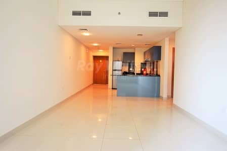 2 Bedroom Apartment for Rent in Dubai Marina, Dubai - Modern 2 BR with Stunning Sea and City View