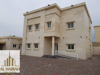 5 Bedroom Villa for Sale in Al Yash, Sharjah - 5 Bed Villa For Sale