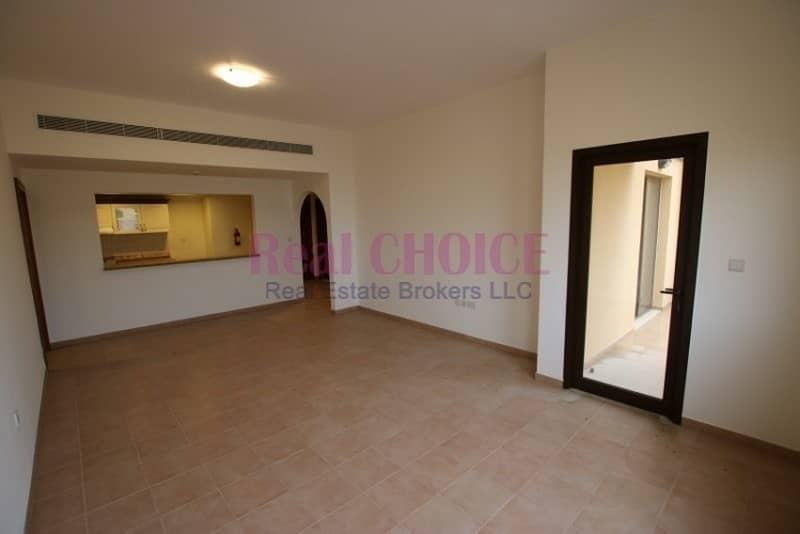 Dont miss 2br with 10% discount | No Commission | 12 Cheques