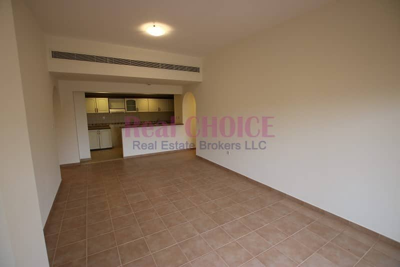 2 Top floor 2BR  with 10% discount | No Commission | 12 Cheques