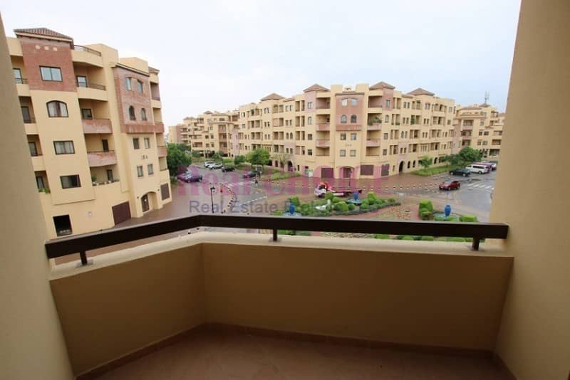 14 2Br apartment with 1 month free and 12 Cheques payment