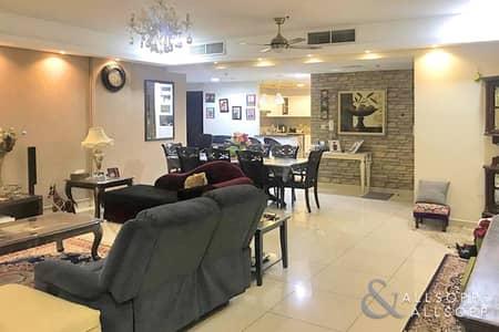 2 Bedroom Apartment for Sale in Dubai Sports City, Dubai - 2 Bedrooms | 3 Bath | Vacant On Transfer