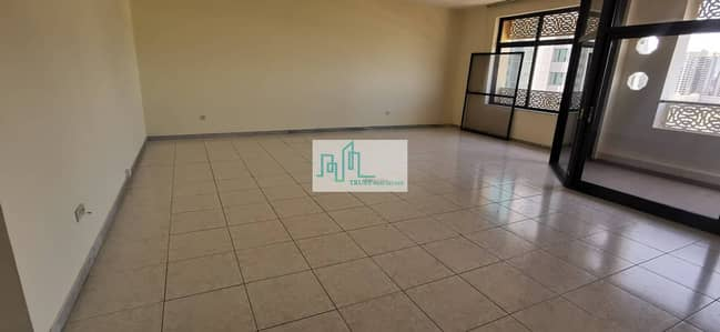 4 Bedroom Apartment for Rent in Al Nasr Street, Abu Dhabi - Four bedroom apartment plus maids room and storage available in Al Nasr St. Abu Dhabi