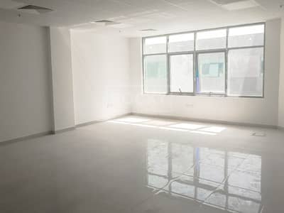 مکتب  للبيع في مجمع دبي للاستثمار، دبي - Sapcious Fitted Office Space for Sale in DIP