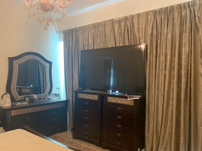 2 Fully Furnished 3 Bedrooms in Mid floor Armada Tower 3