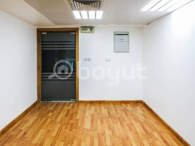 Office for Rent in Liwa Street, Abu Dhabi - OFFICE for rent direct to owner - 75 m squ open space bath room and kitchen near w t c _ liwa street opp lari exchange