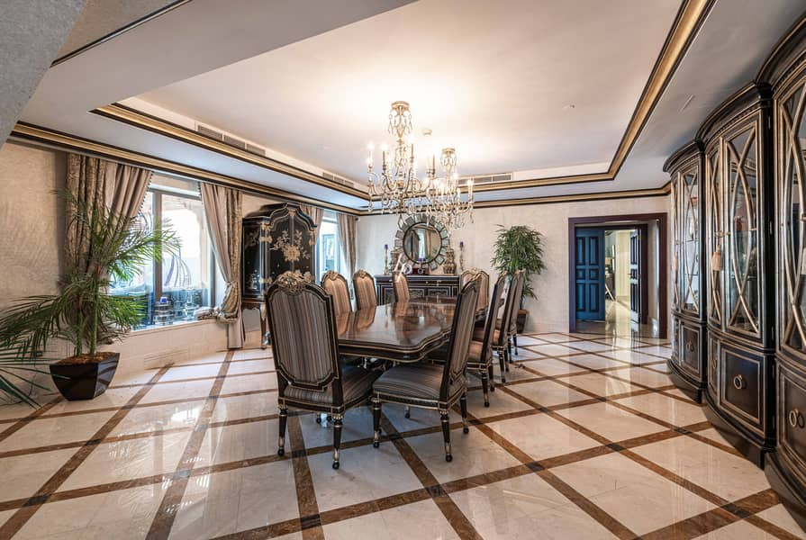 2 Exceptional Upgraded Penthouse|Best Price