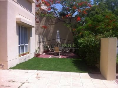 5 Bedroom Villa for Sale in The Meadows, Dubai - facing lake 5br at meadows 4  close to golf course