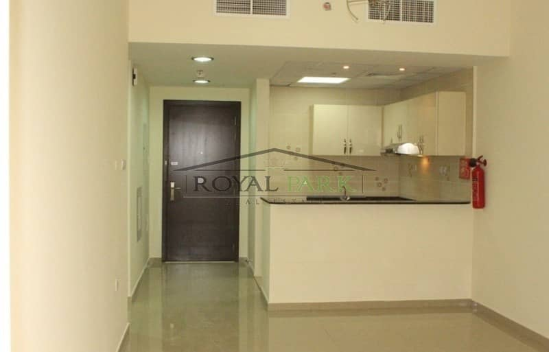 For Urgent Sale! 1 Bed Apt in Sports City