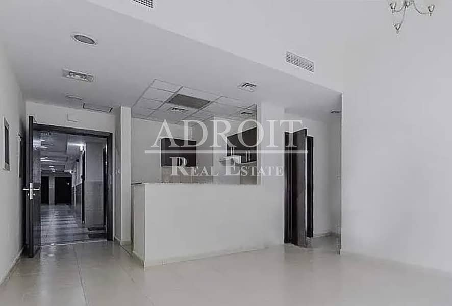 Comfortable Living | 1BR Apt in Queue Point