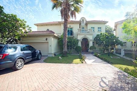 فیلا 4 غرف نوم للبيع في جزر جميرا، دبي - |Spanish style villa | Vacant | 4 Beds |