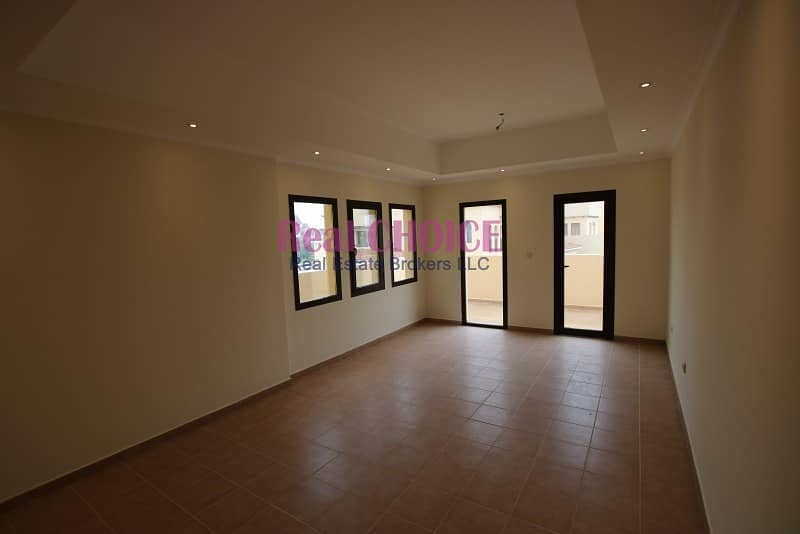 Vacant 1BR with 10% discount | No Commission | 12 Cheques