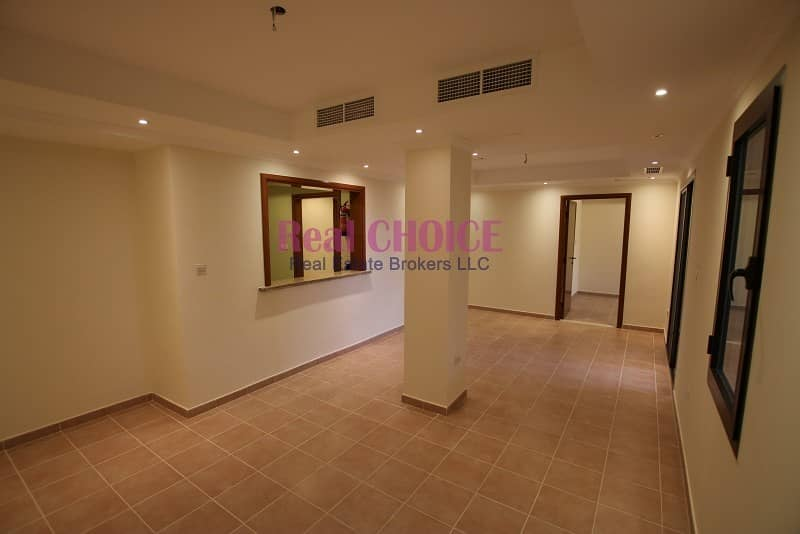1Br | big covered balcony | 10% discount | 12 chqs | No Commission