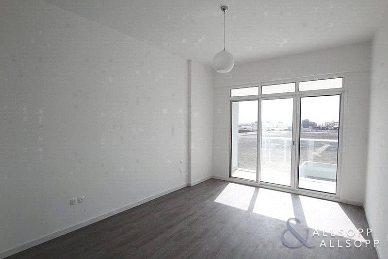 One Bedroom | Unfurnished | Contemporary