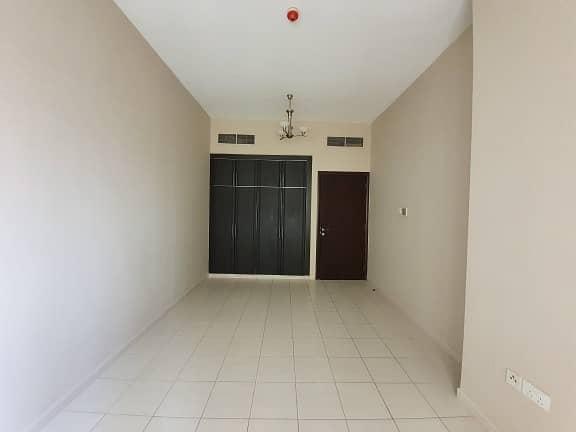 شقة في الرقة ديرة 3 غرف 90000 درهم - 4374641