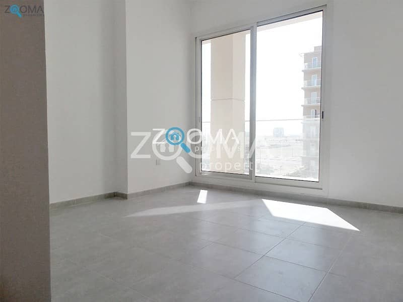 20 Luxury Huge 2 BR with Relaxing Pool view