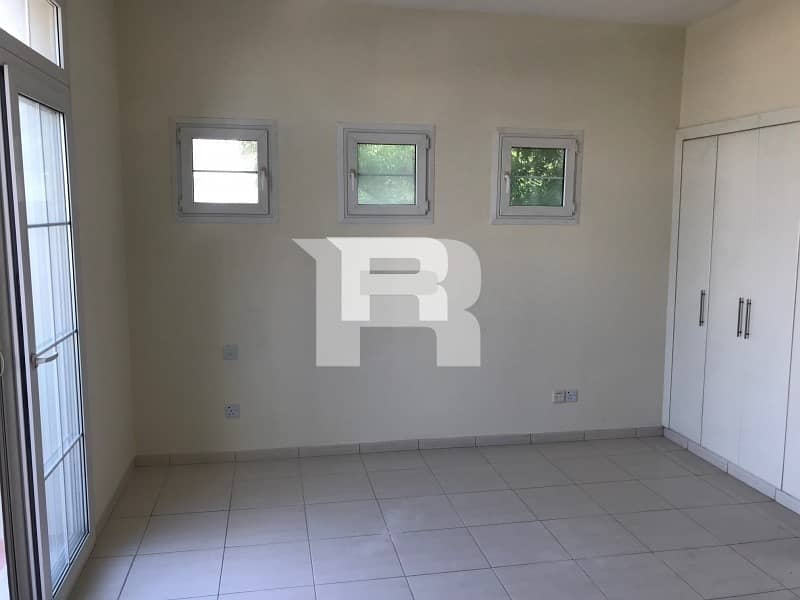 2 Type 3E| Springs 7|Well-Maintained Villa