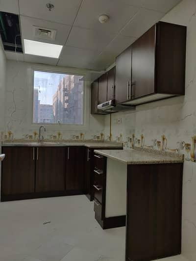 شقة 1 غرفة نوم للايجار في مصفح، أبوظبي - شقة في شعبية مصفح 1 غرف 40000 درهم - 4418016