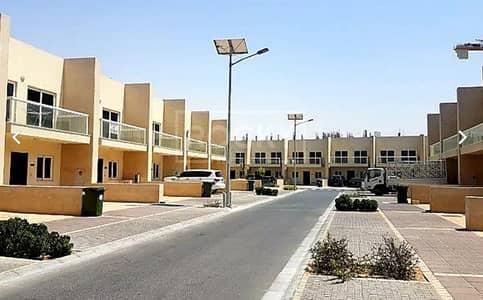 "3 Bedroom Townhouse for Rent in International City, Dubai - ""Hot Offer"" 3BR+Maids room for rent in Warsan Village"