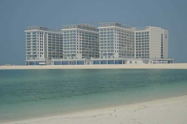 2 Bed Apartment With Luxurious Sea View -Pacific