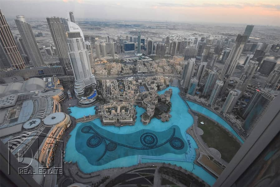 2 Magnificent corner plot in the famous Burj
