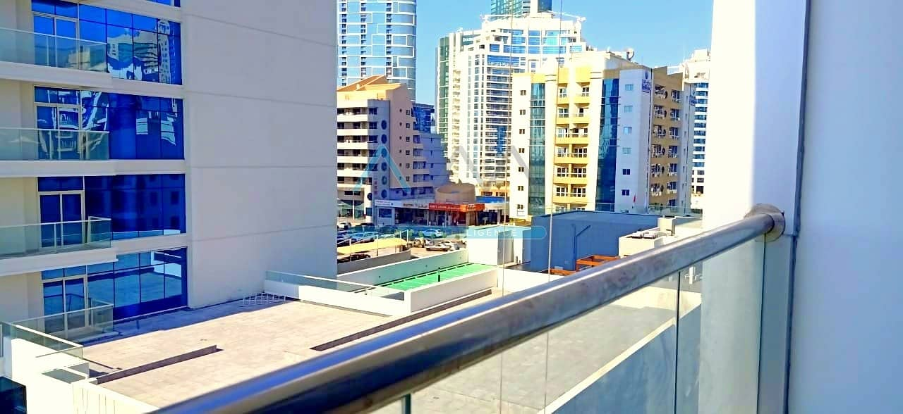 CHILLER FREE MONTHLY PAYMENT 1BR IN DEC TOWER