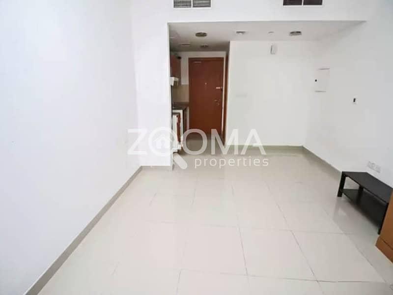 2 Investor Deal Studio w/ Balcony High Flr