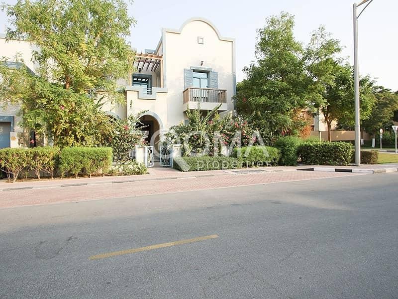 Good Price|Huge 4BR Villa |Ready to Move