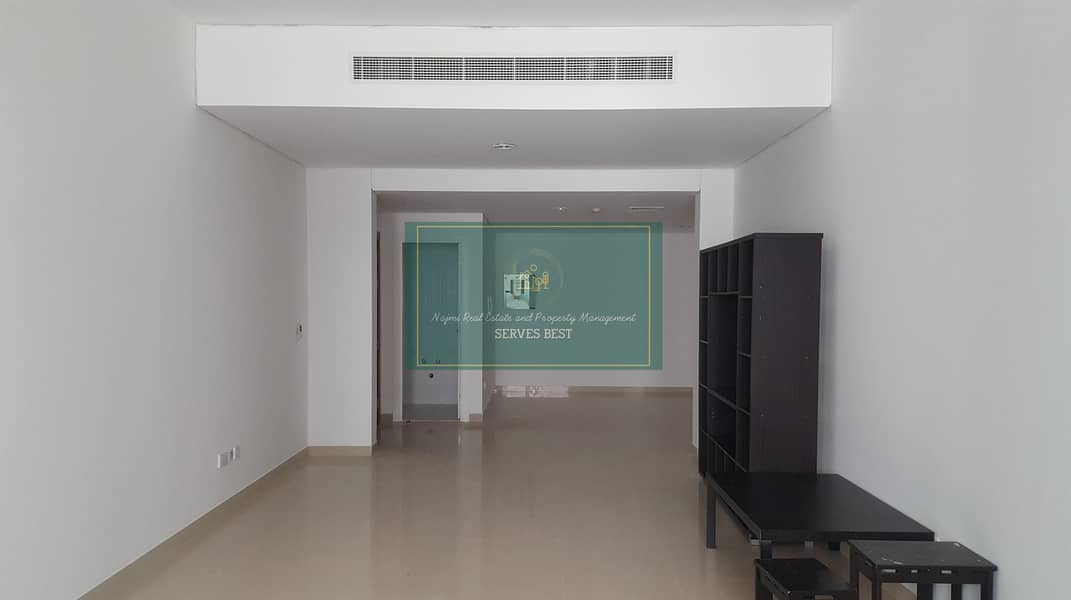 2 Beds with All Facilities on Corniche
