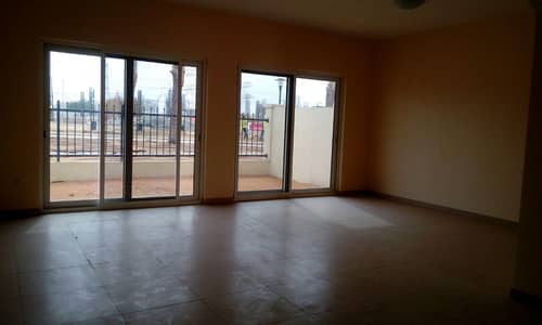 3 Bedroom Villa for Rent in International City, Dubai - 3 BEDROOM VILLA PLUS MAID ROOM AVAILABLE FOR RENT IN LOWEST PRICE