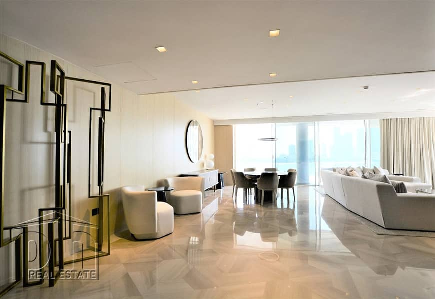 1 4 Bed | Penthouse | Private Pool | Vacant