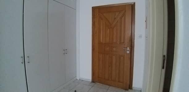 شقة 1 غرفة نوم للايجار في بر دبي، دبي - شقة في عود ميثاء بر دبي 1 غرف 45000 درهم - 4419978