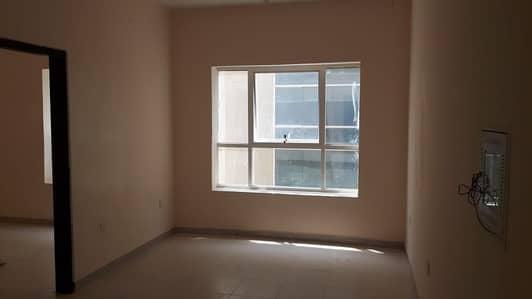 شقة 1 غرفة نوم للايجار في الجرف، عجمان - شقه غرفه وصاله للايجار 17 الف