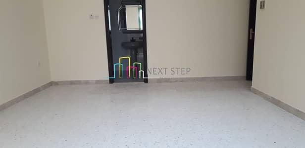 فلیٹ 4 غرفة نوم للايجار في منطقة النادي السياحي، أبوظبي - No Deposit* 4 Bedroom Apartment Near Electra Park