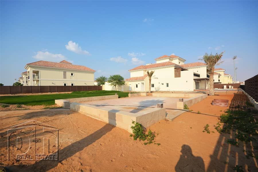 6 Bedroom Executive Villa With Polo View And Large Plot
