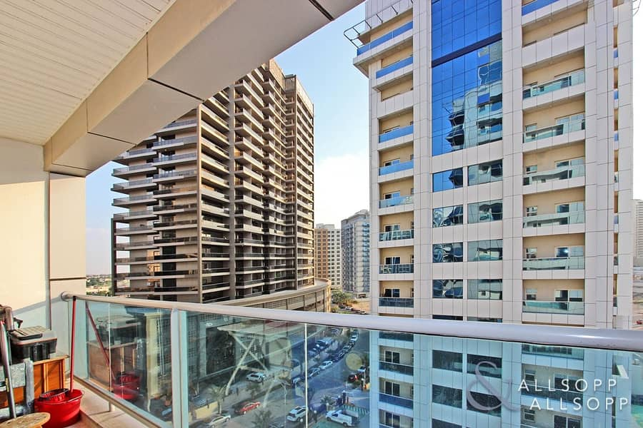 2 2 Bedroom | Vacant on Transfer | 2 Balcony