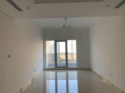 شقة 2 غرفة نوم للايجار في واحة دبي للسيليكون، دبي - شقة في آرت 9 واحة دبي للسيليكون 2 غرف 67999 درهم - 4138330