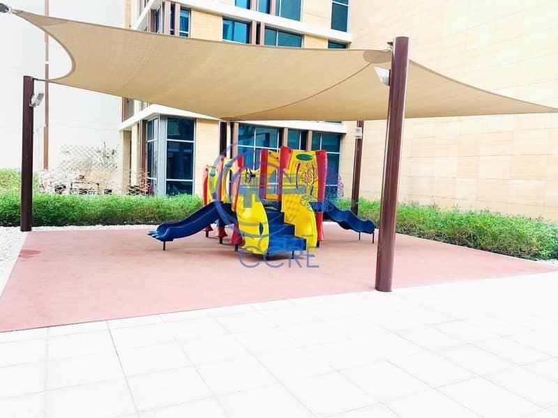 12 2BR+Maid/storage room Dubai Whraf  12 Cheques