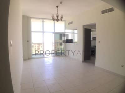 2 Bedroom Flat for Rent in Dubai Studio City, Dubai - Bright 2 BR | 2 Parking & Kitchen Equipped