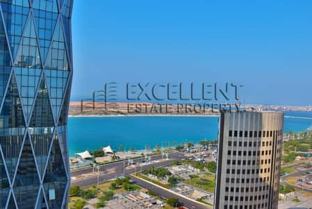 4 Bedroom Flat for Rent in Corniche Road, Abu Dhabi - Extravagant Brand New Apartment with Sea View