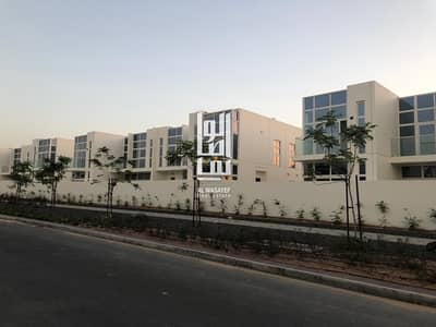 3 Bedroom Villa for Sale in DAMAC Hills (Akoya by DAMAC), Dubai - pay less and own your villa - easy installment