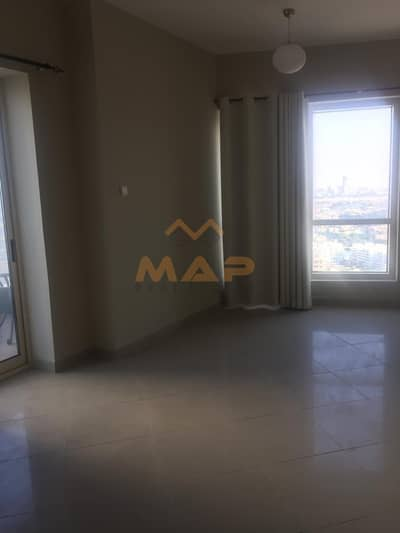 Huge 2bhk on high floor with balcony close to metro