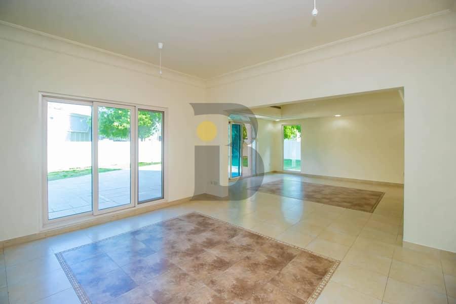 2 5 Bedroom Villa in Victory Heights | Carmen