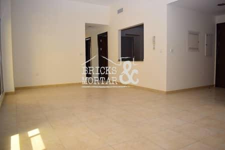2 Bedroom Apartment for Sale in Remraam, Dubai - Low Floor | Huge Terrace | Kitchen Appliances