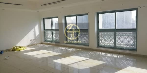 4 Bedroom Flat for Rent in Defence Street, Abu Dhabi - Wonderfull 4 BR Apartment with Maid's
