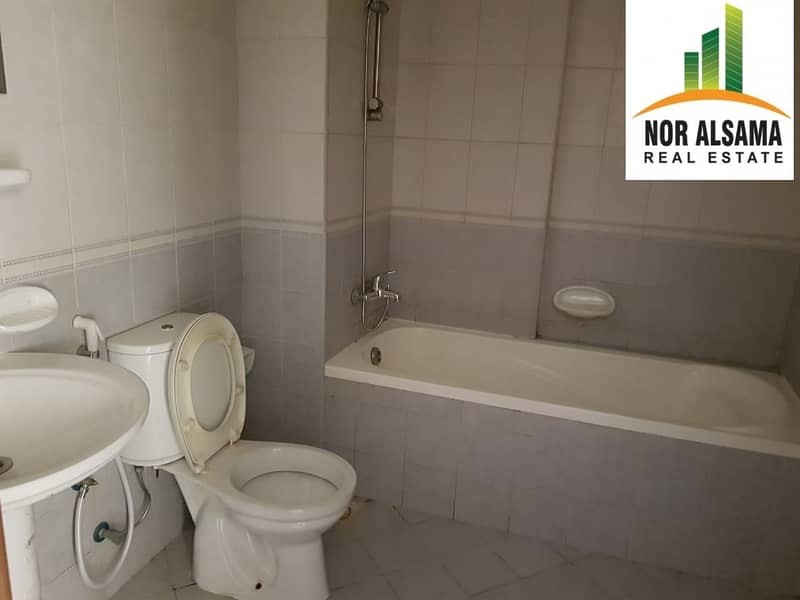 10 Emirates   Cluster  -  Vacant  Studio  - well  Maintained  Building