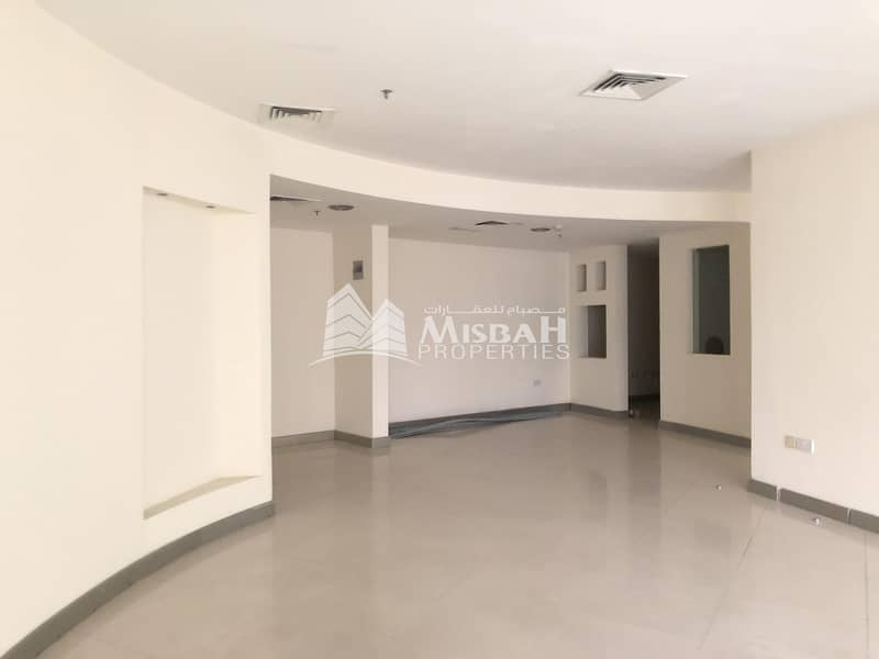 1889 sq.ft Shop for Rent on Main Road near Clock Tower and Deira City Center