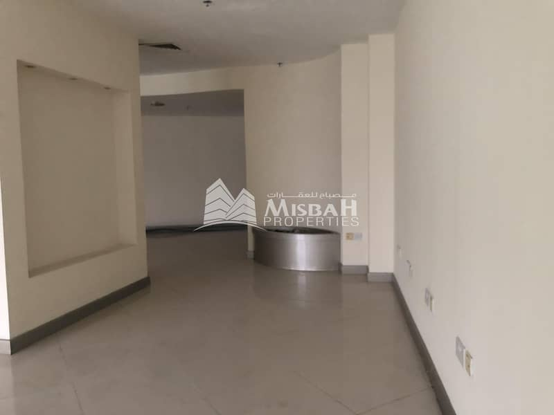 10 1889 sq.ft Shop for Rent on Main Road near Clock Tower and Deira City Center