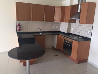 2 Bedroom Flat for Sale in Dubai Silicon Oasis, Dubai - DSO Spring Oasis Rented 2 bedroom higher floor gems school view Sale Price 820K/- net