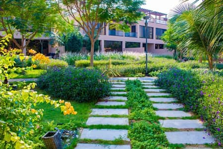 4 Bedroom Townhouse for Sale in Jumeirah Islands, Dubai - Amazing 4 Bedrooms Town house For Sale in Jumeirah Island